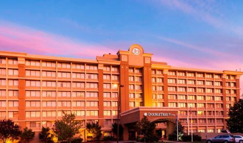 诺沃克希尔顿逸林酒店