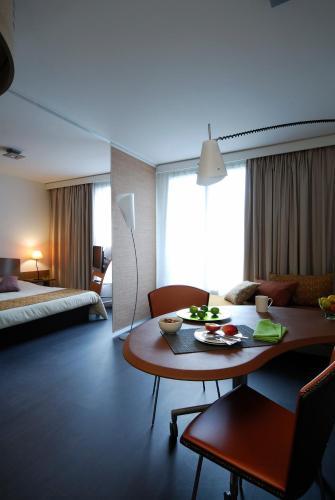 波尔多甘贝塔阿德吉奥公寓酒店