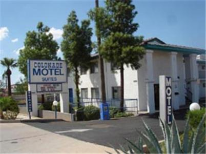 Colonade Motel Suites