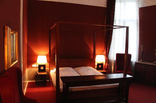 Hotel-Maison Am Adenauerplatz