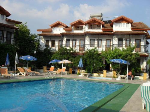 奥扎尔普别墅公寓酒店