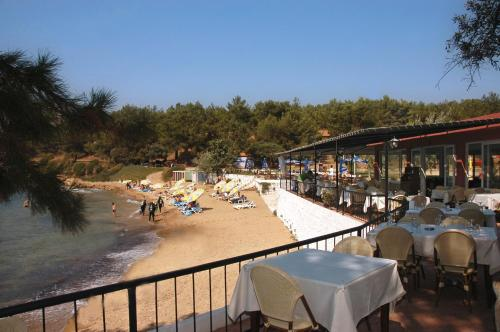 Rainbow Bay Ozdere Beach Hotel