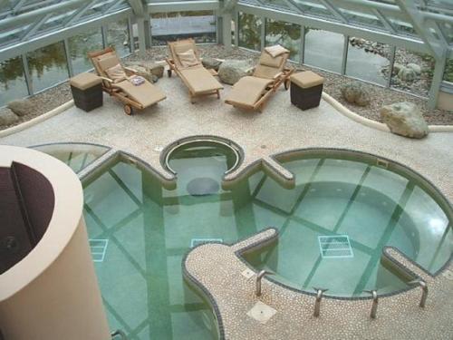 野鸡Spa酒店