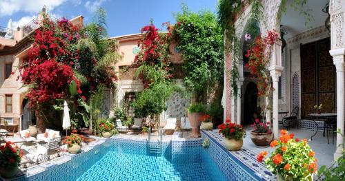 塞邦里亚德宫庭院旅馆