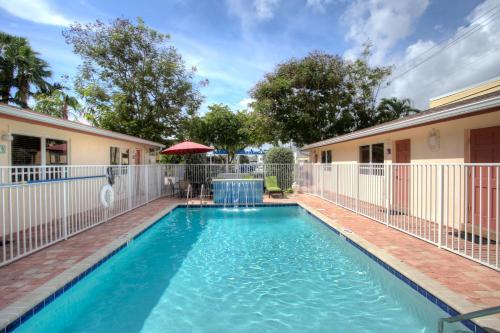 Lauderdale Villas by the Sea