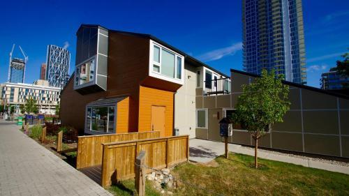 HI Calgary City Centre Hostels