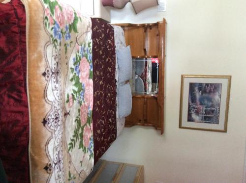 49th Ave Guesthouse
