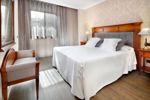 西斯帕诺7苏匝公寓酒店