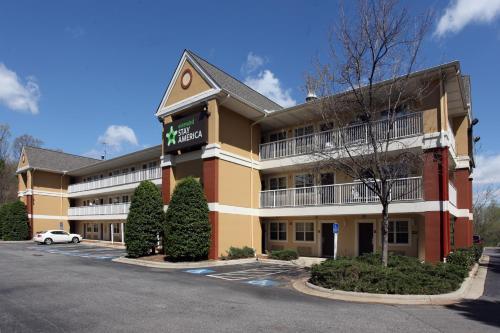 格林斯博罗温多弗大道大树路美国长住酒店