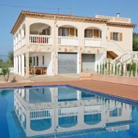 Holiday home Sa Cabaneta 47 with Outdoor Swimmingpool