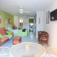 Oceanfront Studio in Condado Beachfront Cabin