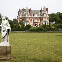因普尼城堡酒店