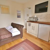 Central Studios Gloucester Road by RoomsBooked