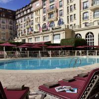 多维尔皇家吕西安巴里亚酒店