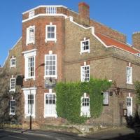 The Exchange Coach House Inn