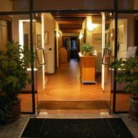 圣玛丽亚马达莱娜酒店