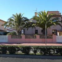 Holiday Home LES PALMIERS