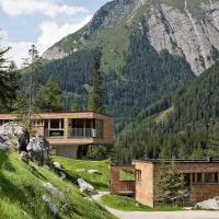 Chalet Gradonna Mountain Resort.2