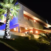 Studios de luxe + piscine (2 à 6 personnes)