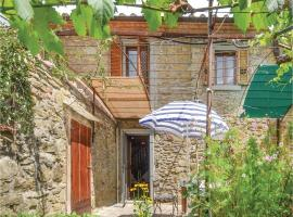 Two-Bedroom Holiday Home in Cortona -AR-, 哥尔顿