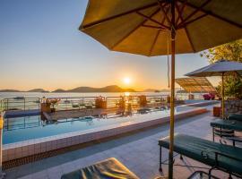 普吉岛坎纳瑞海湾酒店