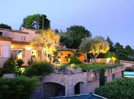 Villa Aspremont, Aspremont