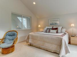 Shoal Bay Luxury Home, Port Stanley