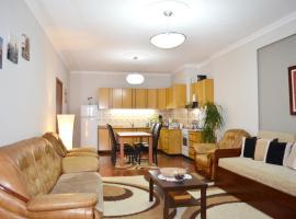 Belvedere Apartment, שקודר