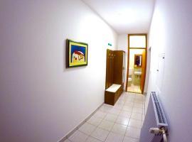 Apartmani Oletić 4*, 圣马丁娜穆里