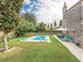 Four-Bedroom Holiday Home in Sils, Sils (بالقرب من Maçanet de la Selva)