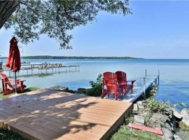 Simcoe Waterfront Cottage #87, Georgina