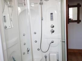 Room @ Jasmine Cottage, Bathgate