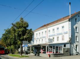 Hotel Drei Rosen, ביאל