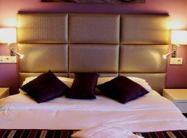 Irin Hotel, אנטיב