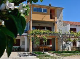 Apartments Nino, Sukošan