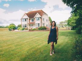 Leyland Country House, Lymington