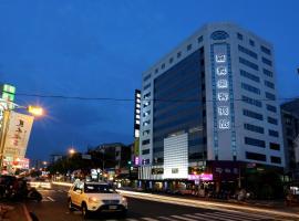 嘉义乐客商务旅馆, 嘉义市