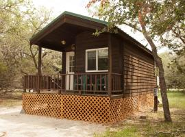 San Benito Camping Resort Studio Cabin 2, Paicines