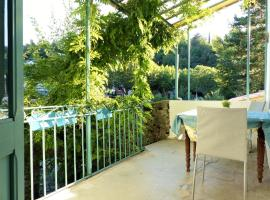 Holiday Home Rue du Pont, Bourdeaux