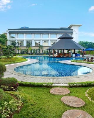 瑞雅婆罗洲马辰酒店
