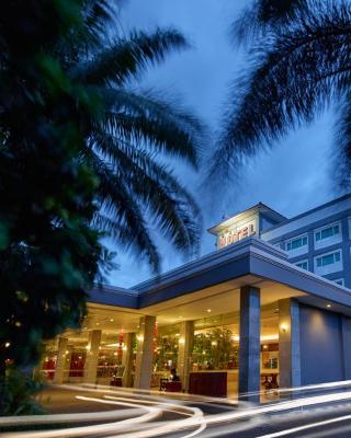依斯塔纳尼拉燕酒店酒店