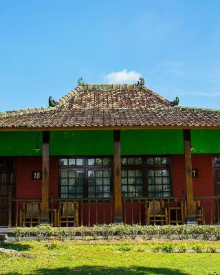 珀莉德瓦塔度假酒店