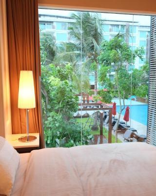 阿玛拉兹华欣一卧室泳池景公寓