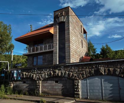 LUXE Villa in Tsaghkadzor, Цахкадзор