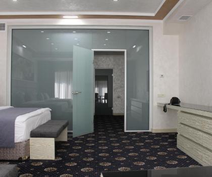 Отель Erebuni, Ереван