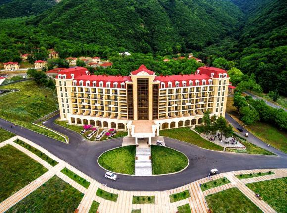 Курортный отель Marxal