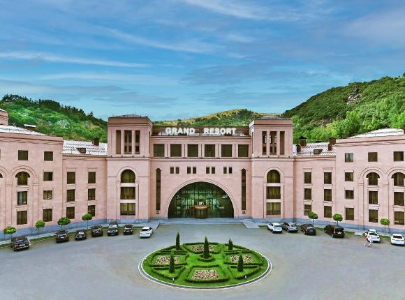 Отель Grand Resort Jermuk