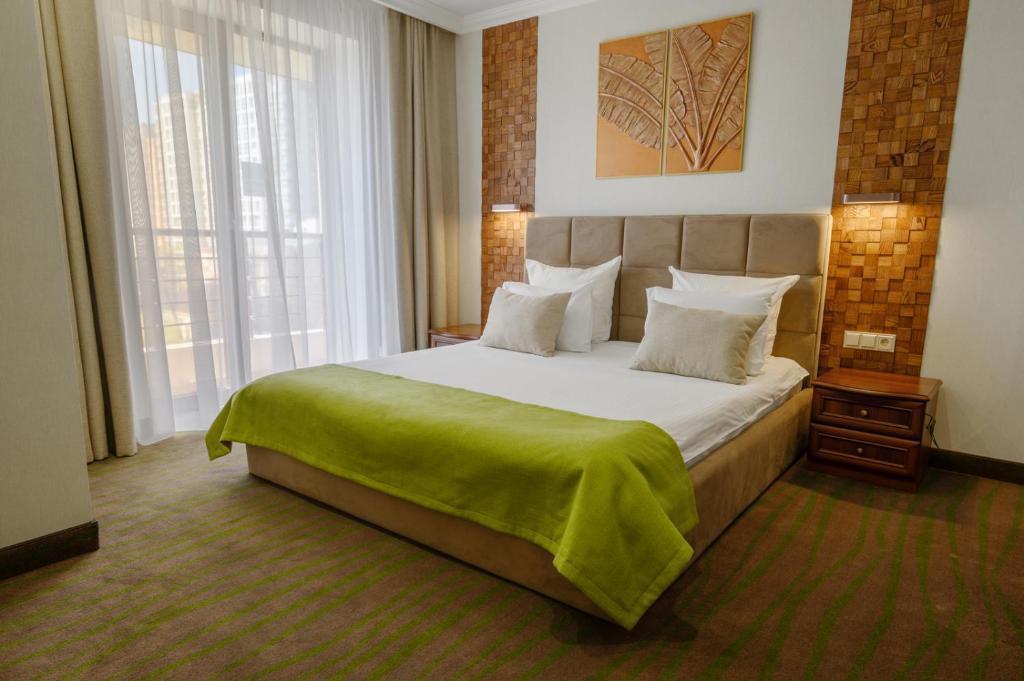 Отель Платан Южный, Краснодар