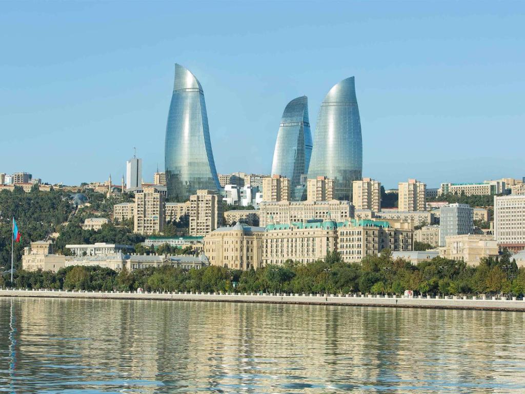 Отель Fairmont Baku, Баку