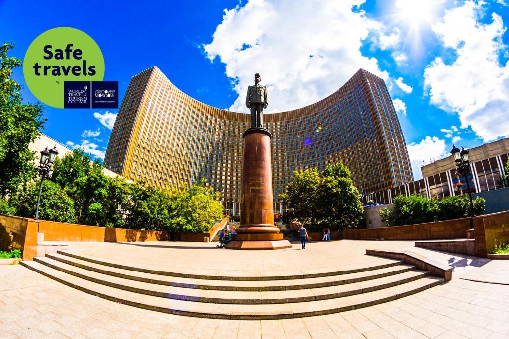 Отель Космос, Москва